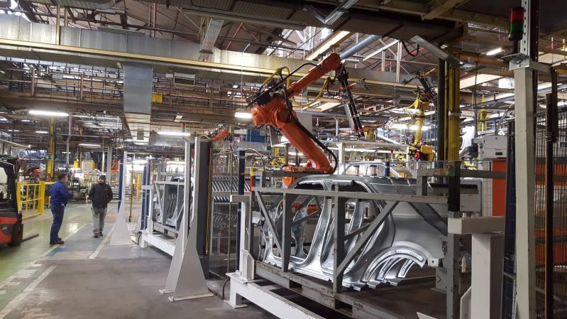 Robot automoción